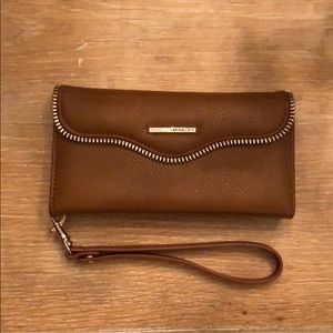 Rebecca Minkoff iPhone 6/6S charging wristlet!